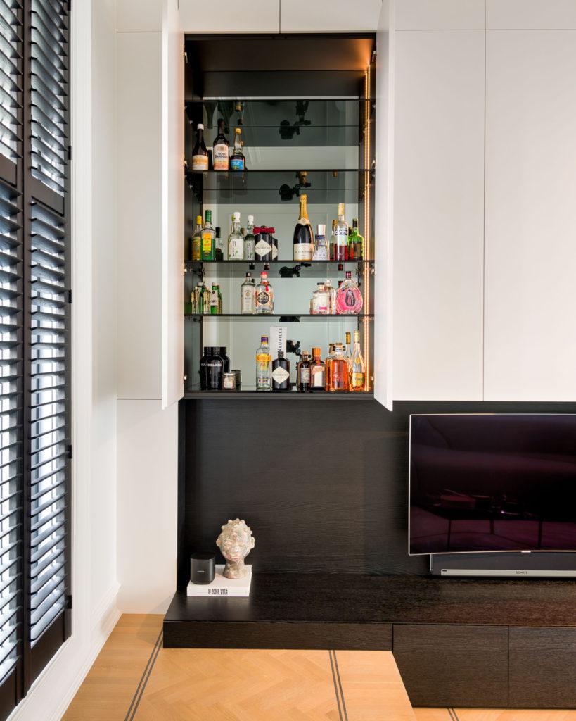 Hus Interieur - Portfolio - Project Antwerpen - Barkast