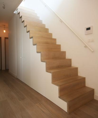Hus interieur - Portfolio - maatwerk - Trapkast